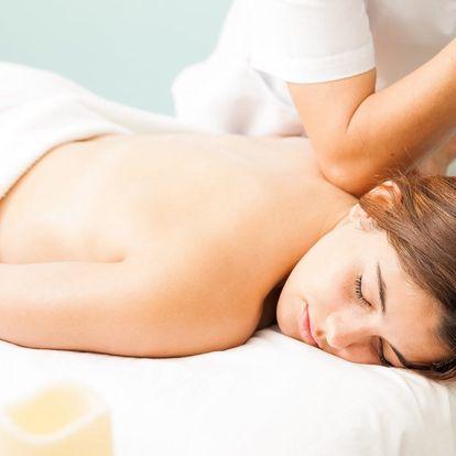 Relaxační masáž zad a šíje vč. odblokování páteře