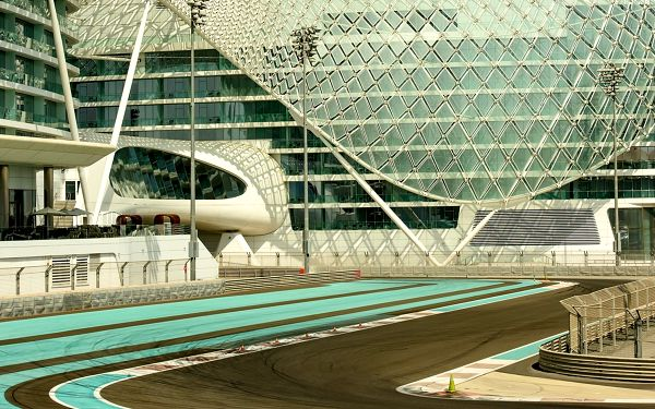 Zájezd na Veľkou cenu Itálie F1 pro 1 osobu5