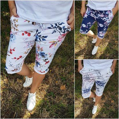 Tříčtvrteční květované kalhoty Sabina