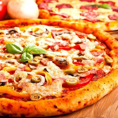 2x pizza dle vašeho výběru v romantické restauraci La Paluba v Kolovratech.