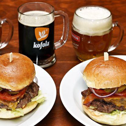 Burger, hranolky a pivo či kofola až pro 4 os.