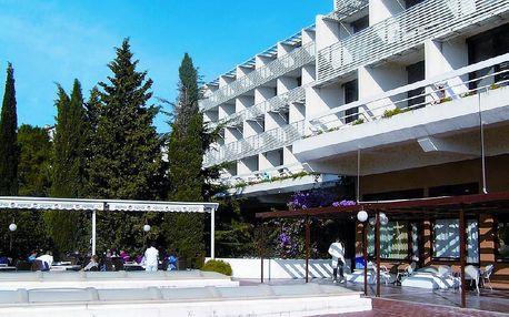 Chorvatsko - Makarska na 8 až 10 dní, polopenze s dopravou autobusem nebo vlastní