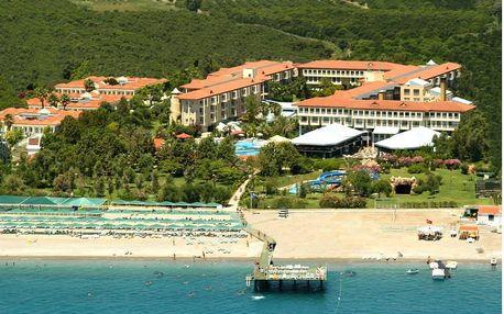 Turecko - Kemer na 8 dní, ultra all inclusive s dopravou letecky z Brna 50 m od pláže