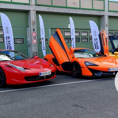 Zážitkové jízdy ve sportovních superautech, pohonné hmoty v ceně