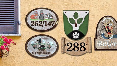 Keramická domovní čísla s motivem na přání