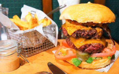 Big Boy Burger s 300 g hovězího masa a hranolky