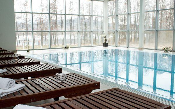 Hotely s vnitřním bazénem