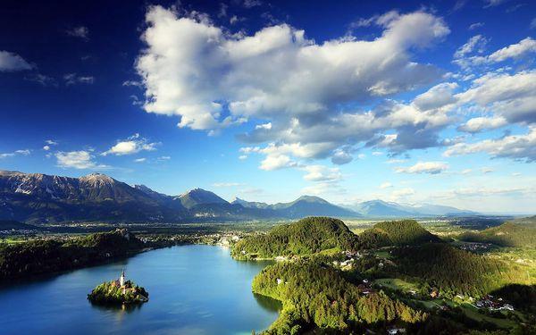 Bledské jezero ve Slovinsku