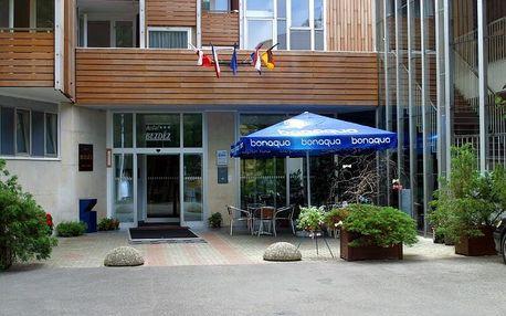 Hotel Bezděz přímo na břehu Máchova Jezera
