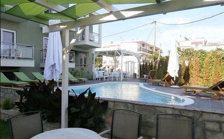 Řecko - Thassos na 12 až 15 dní, polopenze, večeře nebo bez stravy s dopravou autobusem 30 m od pláže