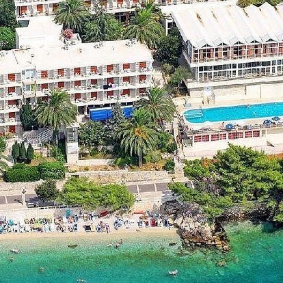 Chorvatsko - Podgora na 10 až 17 dní, polopenze s dopravou autobusem přímo na pláži