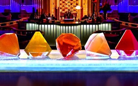 2x molekulární Diamond Menu a koktejl dle výběru