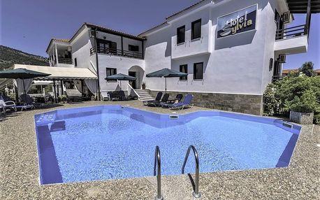 Řecko - Thassos na 8 až 12 dní, polopenze s dopravou letecky z Brna nebo Prahy 50 m od pláže