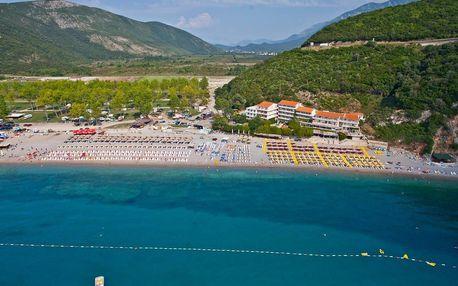 Černá Hora - Budva na 8 dní, plná penze nebo polopenze s dopravou letecky z Prahy přímo na pláži