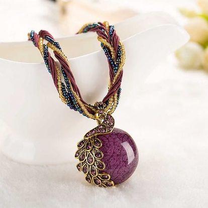 Elegantní náhrdelník s pávem