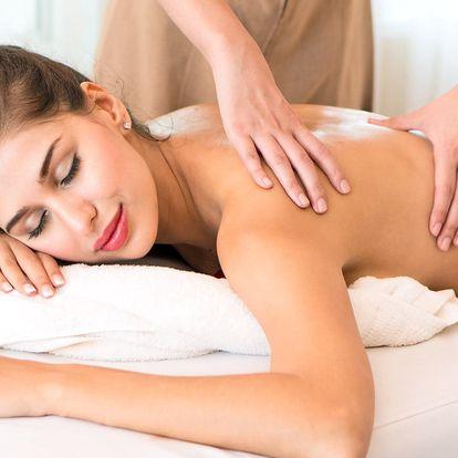 Detoxikace těla: revitalizační solná masáž + zábal