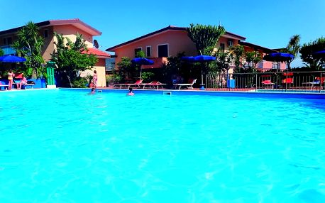 Itálie - Kalábrie: Hotel Grotticelle