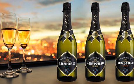 Šumivá vína Abrau Durso z pobřeží Černého moře