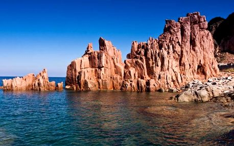 Sardinie, Rajský Ostrov Tyrkysovém Moři - letecky