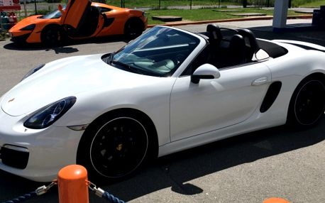 Jízda v Porsche Boxster na polygonu