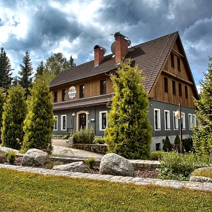 Podzim v Hotelu Perla Jizery*** v Jizerských horách s polopenzí a saunou
