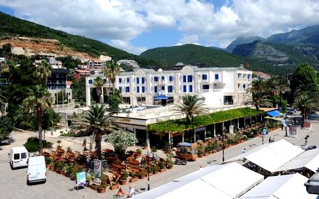 Černá Hora - Budva na 8 až 11 dní, polopenze s dopravou letecky z Prahy