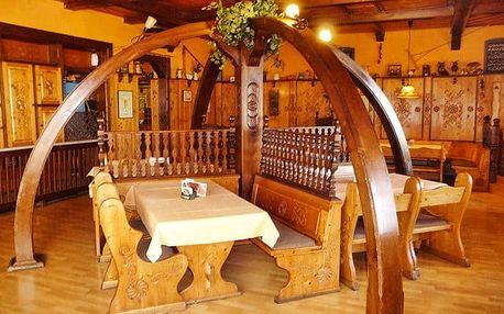 3–6denní pobyt pro 2 osoby s romantickou večeří v hotelu Praděd*** v Jeseníkách