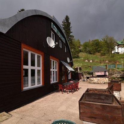 Léto-zima ve Špindlerůvě Mlýně pro dva s polopenzí a saunou