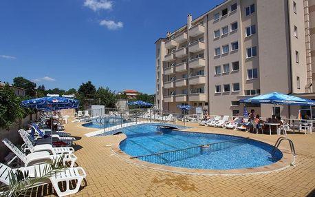 Bulharsko - Sv. Konstantin na 4 až 8 dní, all inclusive s dopravou letecky z Brna, Ostravy nebo Prahy 600 m od pláže
