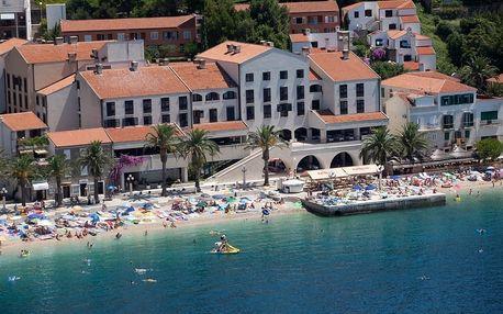 Chorvatsko - Podgora na 8 až 10 dní, polopenze nebo snídaně s dopravou autobusem, vlastní nebo letecky z Ostravy přímo na pláži