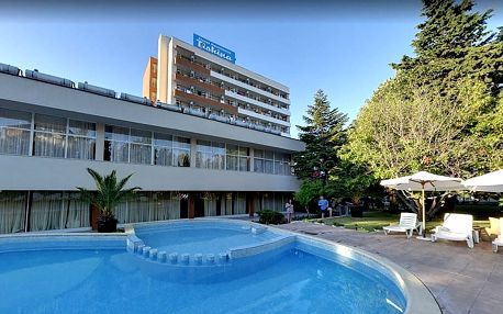 Bulharsko - Primorsko na 8 až 11 dní, all inclusive s dopravou letecky z Prahy 200 m od pláže