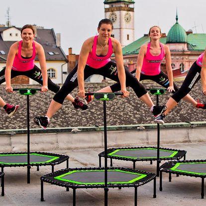 Zábavné lekce jumpingu pro perfektní postavu