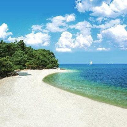 Chorvatsko - Istrie na 10 až 17 dní, polopenze nebo bez stravy s dopravou autobusem 50 m od pláže