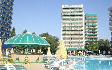 Bulharsko - Slunečné Pobřeží na 8 dní, polopenze nebo snídaně s dopravou letecky z Prahy nebo Brna 30 m od pláže
