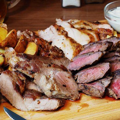 Masové prkno: 3 druhy steaků po 200 g, příloha