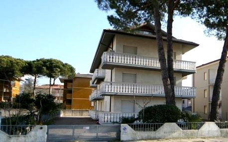 Itálie - Lignano na 8 dní, bez stravy s dopravou vlastní 450 m od pláže