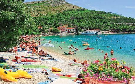 Chorvatsko - Makarská riviéra na 8 až 10 dní, polopenze, snídaně nebo bez stravy s dopravou autobusem nebo vlastní 120 m od pláže