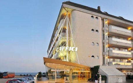 Španělsko - Costa del Maresme na 9 až 13 dní, plná penze nebo polopenze s dopravou autobusem nebo letecky z Prahy přímo na pláži