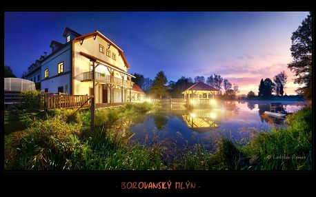 Pobyt ve zrekonstruovaném mlýnu u jezera