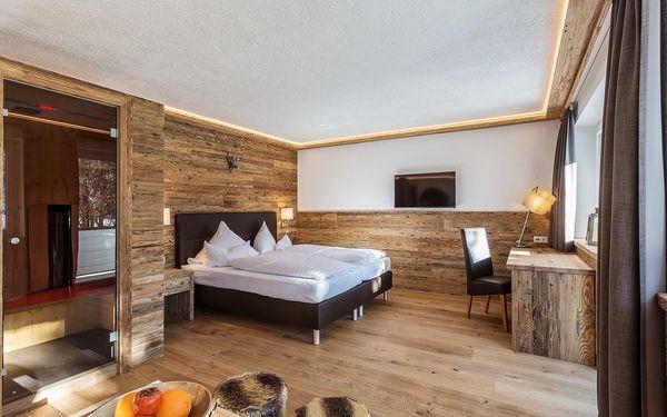 Malý dvoulůžkový pokoj s manželskou postelí (18 m²)2