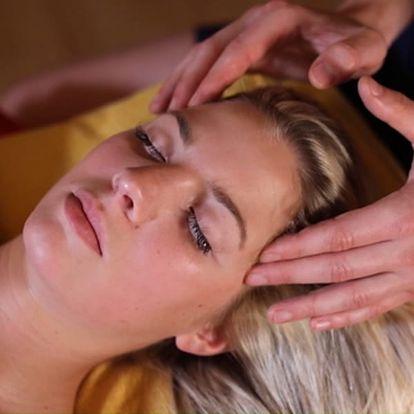Ošetření pro zhubnutí břicha na počkání, příjemná masáž ultrazvukovou nebo radiofrekvenční hlavicí.