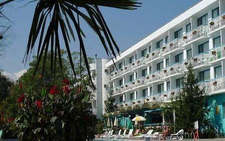 Bulharsko - Slunečné Pobřeží na 4 až 8 dní, all inclusive nebo polopenze s dopravou Prahy, letecky nebo Brna 50 m od pláže