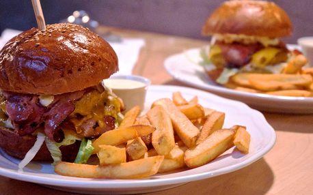 Extra porce: 320g hovězí burger s hranolky
