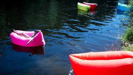 Nafukovací vak Lazy Bag pro pohodlní na souši i na vodě