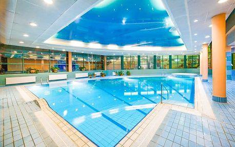 Krakov s bazénem a polopenzí