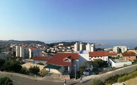 Chorvatsko - Makarská riviéra na 10 dní, polopenze nebo bez stravy s dopravou autobusem 500 m od pláže