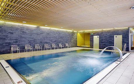 Vysočina aktivně i odpočinkově v hotelu SKI s wellness, lahví vína, vstupem do fitness a polopenzí