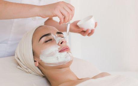 Kosmetické balíčky pro hydrataci a projasnění pleti