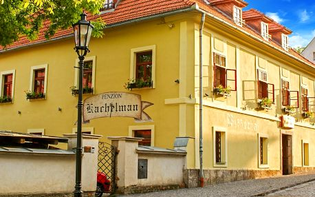 Romantika na Slovensku s jídlem i wellness