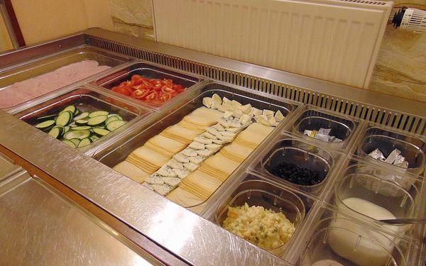 Snídaně formou bohatých švédských stolů pro 1 os. v centru Prahy